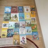 Величезний лот художніх не політичних книг часів СССР (25 книг).