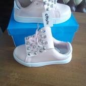 Круті сліпони туфельки в двох кольорах