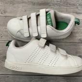 Кроссовки Adidas оригинал 30 размер стелька 18 см