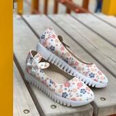 Лёгкие детские туфельки, ортопедическая стелька
