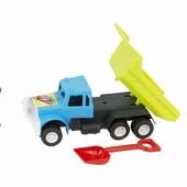 Грузовик с лопаткой, подъемный кузов. Подойдёт Для игр с песком.