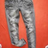 Стильные рваные женские джинсы скинни house 26/32 в прекрасном состоянии