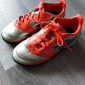 Оригинальные бутсы Adidas в хорошем состоянии! Германия 30р.