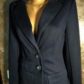 Трикотажный пиджак в очень хорошем состоянии