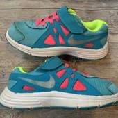 Крутые кроссовки Nike оригинал 28 размер стелька 18,5 см