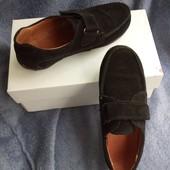 Замшевые мокасины-туфли.
