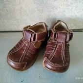 Хорошее туфли-ботиночки для первых шагов Tongxie