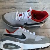Отличные кроссовки Nike Air 35,5 размер стелька 22,5 см