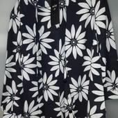 Блузка в ромашки шикарная р.46 новая