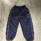 Спортивные штаны rebel на 3-4 года в хорошем