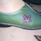 туфли p. 39-40, встелька 25 см, кожа внутри и снаружи, Brevitt England. состояние отличное