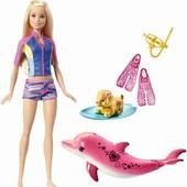 Кукла барби с дельфином