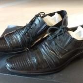 Классические мужские черные туфли р. 39 (на ногу 26.5-27.5 см.)