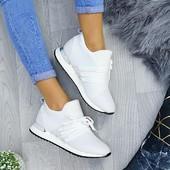 Очень классные кроссовки !! Спешите, пока еще есть размеры!