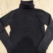свитер голь на мальчика в отличном состоянии на 8-10 лет