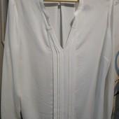 Нарядная красивая блузочка, р.18 в хорошем состоянии