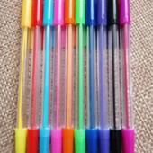 Набор цветных шариковых ручек 10 цветов.