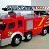 Пожарная машина с лестницей Big Motors(SY732)звук.свет.сама ездит поливает водой.