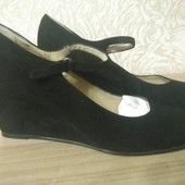 Нарядні дорогі італійські туфлі. Нові. р. 41