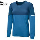 женская спортивная функциональная бесшовная футболка с длинным рукавом от Crane.
