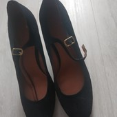 Стильные туфли 39.5-40размер