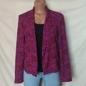 Лёгкий фирменный пиджак на тонкой подкладке,s