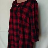 Фирменная блузочка в клетку с вышивкой, вискоза, грудь-122