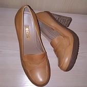 Стильні туфлі ECCO iз натуральної шкіри, розміра 36, 39