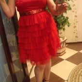 Изумительное платье от бренда Only размер 40, наш 46.