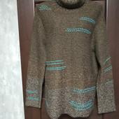 Фирменный красивый свитер в отличном состоянии р.16-20