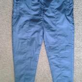 Фирменные водоотталкивающие брюки на трикотажной подкладке в отличном состоянии р. 14-16.