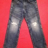 Крутые рваные джинсы для мальчика Palomino, р. 122 в хорошем состоянии.