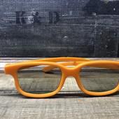 3 Д очки,подойдут детям и взрослым