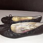 Черные балетки из нат. кожи Betty flowers, разм. 36 (24 см внутри). В идеале!
