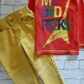 Яркий комплект на мальчика 2-3 года, джинсы и реглан