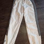Отличные спортивные штаны 164см