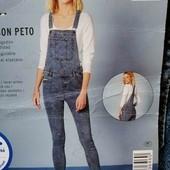 Бомбезный джинсовый комбез Esmara evro 42+6 Skinny fit