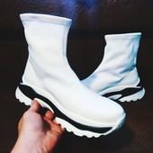 Крутые Кроссовки Чулок - UpF белые на платформе! 38-24.5,39-25.5 см.