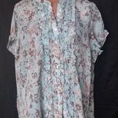 Лёгенькая фирменная блузочка с рюшиками, грудь-128