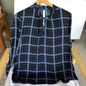 Блузочка в клеточку с модным воротничком.в идеале