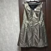 Фирменное новое красивое платье с серебристым блеском р.16