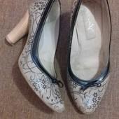 Кожаные туфли с дополнительными набойками