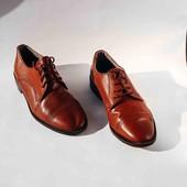 Стильные коричневые туфли 40р