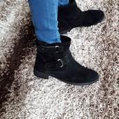 ботинки,черевички з натурального замшу. Італія 38 рр