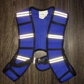 Спортивный жилет для лучшего видения в темноте детский от crivit размер универсальный.