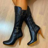 Очень красивые ботиночки.  Кожа.