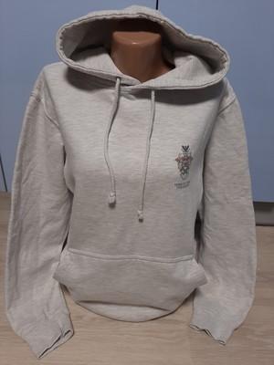 Фирменный толстовка- свитерок универсальный с капюшоном и карманами !!!!!