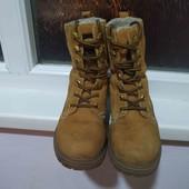 кожаные зимние ботинки в хорошем состоянии, стелька 24 см