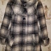 классное полу пальто тёплое .