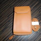 Модный клатч кошелек. компактный и вместительный. Цвет рыжий